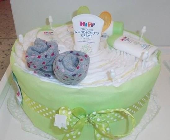 Windeltorte Die Baby Geschenkidee Zur Geburt Oder Taufe